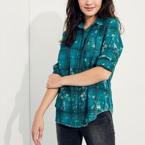 NWOT Hollister Turquoise Flannel Button Up